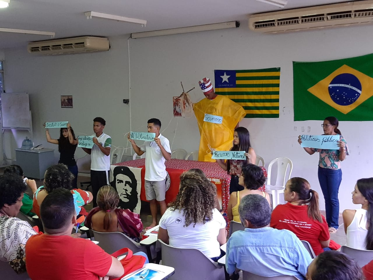 Educadores participam de Curso de Pedagogia do Movimento